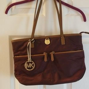 Michael Kors Cranberry Shoulder Bag